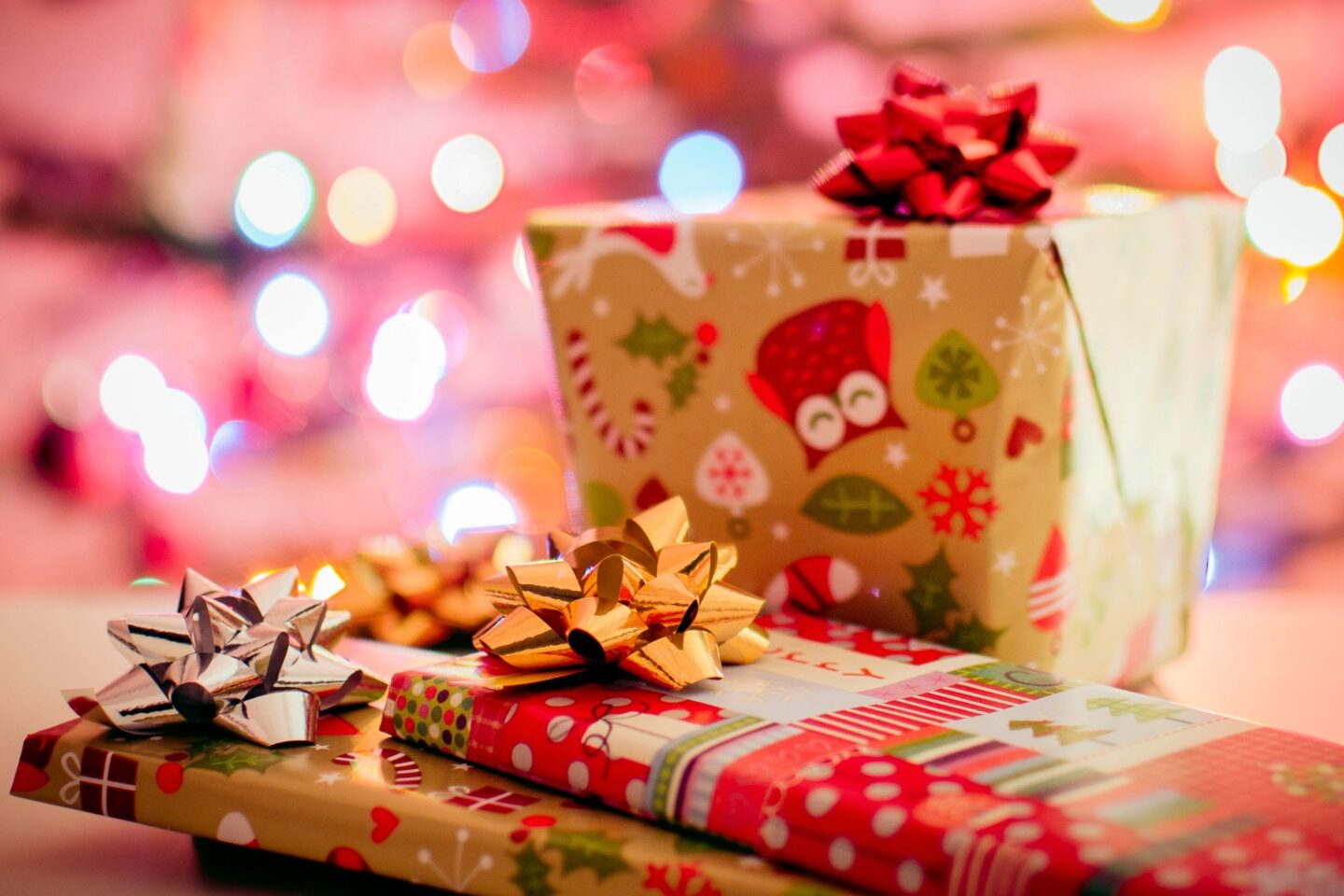 Holiday Gift Guide for Your Girlie Threenager