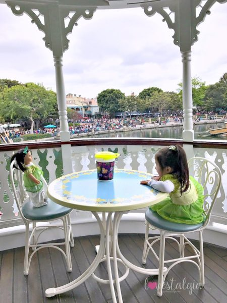 Mark Twain Boat Disneyland best place to take pictures Instagram