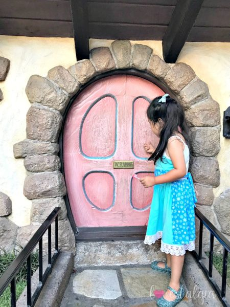 White Rabbit Door Disneyland best place to take pictures Instagram