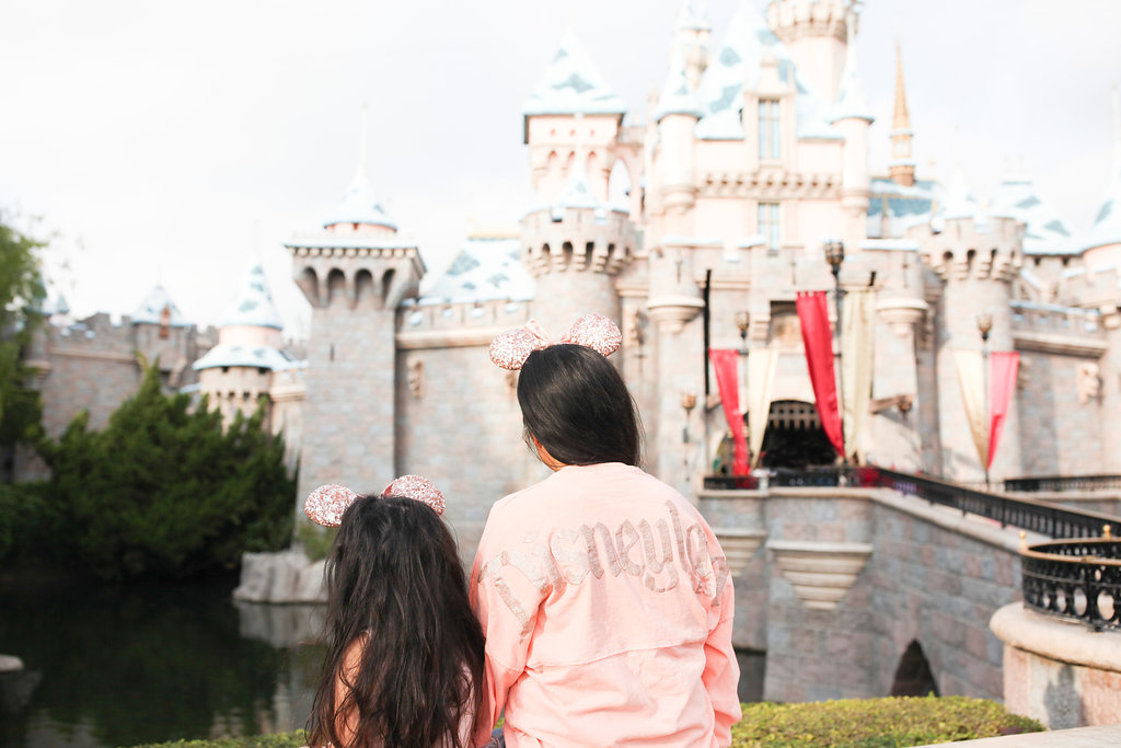 disneyland mommy and me, disneyland outfits, sleeping beauty's castle, mom and daughter, disneyland photo opps