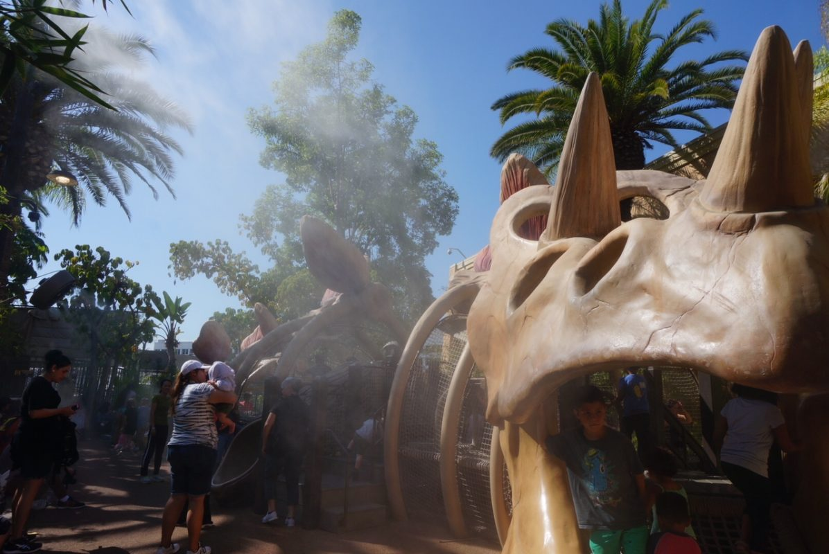 universal studios hollywood, dino play area, things for kids to do