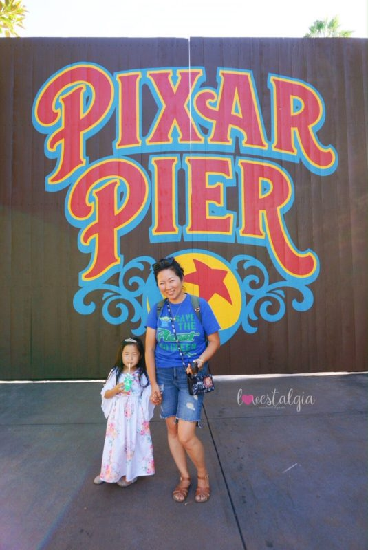 pixar pier, disneyland, disney california adventure, pixar fest, instagrammable photo op, instagram walls, pictures, pixar pier gate, luxo ball, mommy and me, mommy and daughter