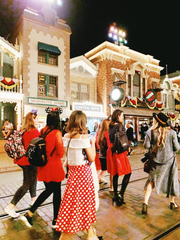 disneyland, disney california adventures, girls night out, lunar new year disneyland, get your ears on, mickey, minnie, disney style, minnie style, rock the dots, polka dots, balloons, disney moms, disney family,
